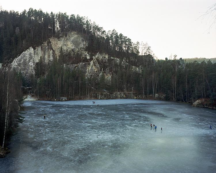 mateusz-kowalikstill-far-away-from-paradise-001